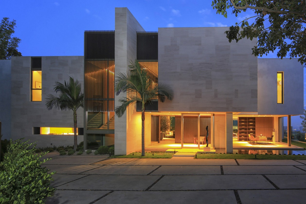 Saota S First Los Angeles Home Listed For 45 Million